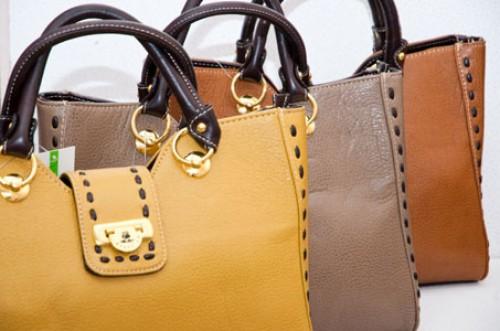 интернет магазине женских сумок оптом