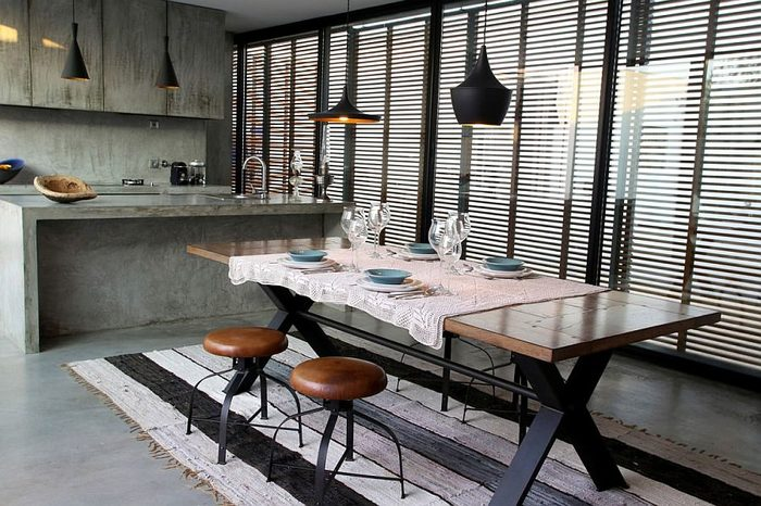 купить кухонный стол